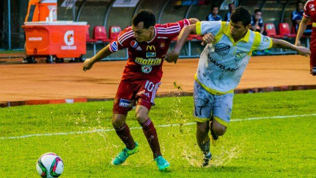 Caracas FC golea a Llaneros